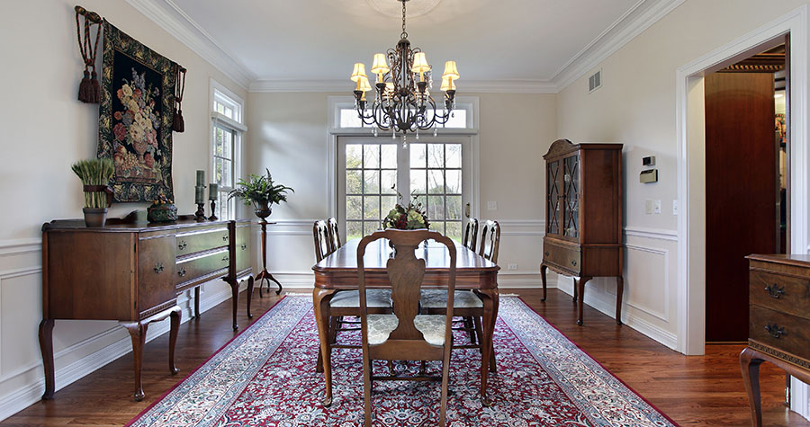 Whether to buy a silk rug or a wool rug?
